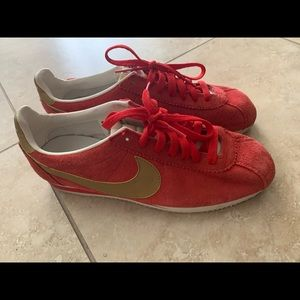Red & Gold Cortez